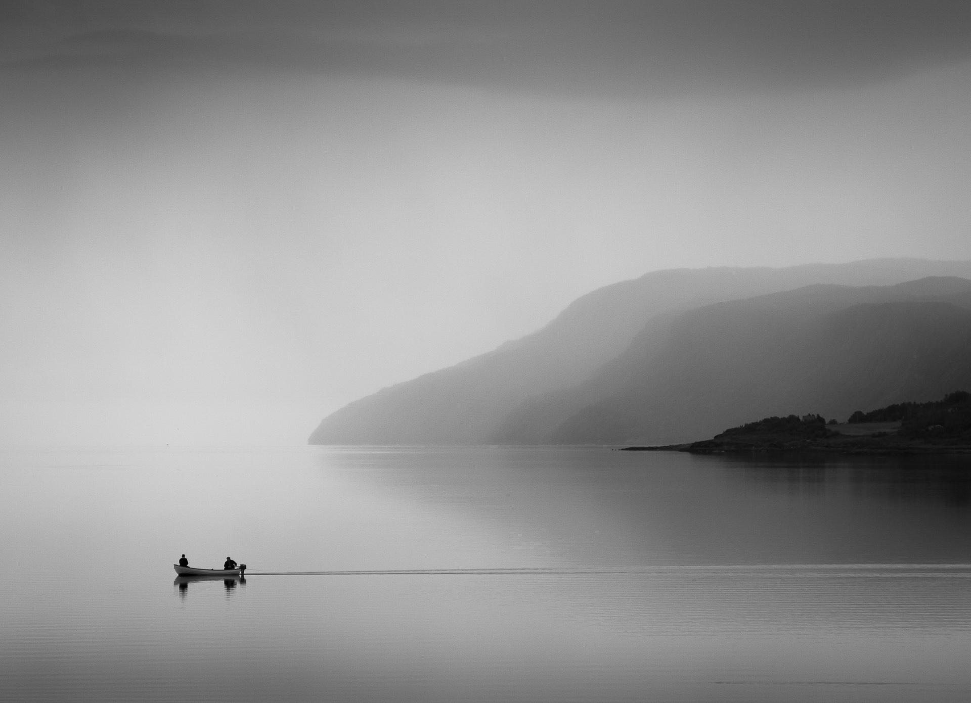 Stille på Sjøen- Foto Addvar Voldheim