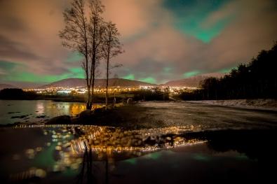 116_nordlys_bak_skyene.jpg